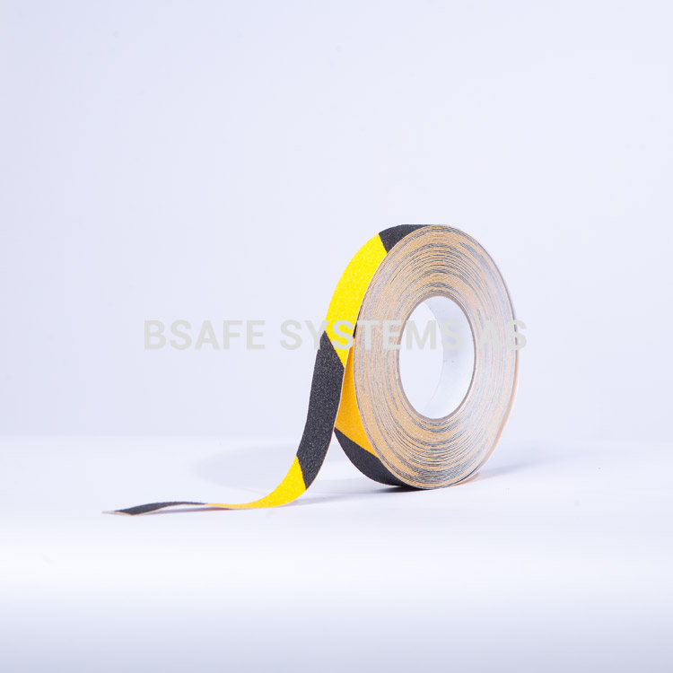 Merking : antiskli tape TA8103 gul sort : Bsafe Systems AS