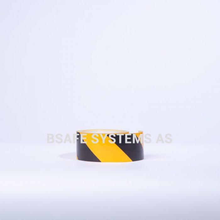 Merking : reflekterende tape sort/gul : 460531 : Bsafe Systems